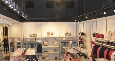 Instalación eléctrica climatización  tienda de moda la Roca Village